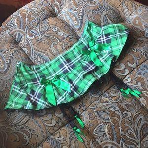Hot Topic - Body Rage, Med/LG Plaid Mini Skirt